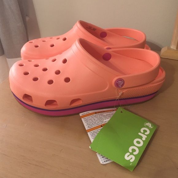 Women's Crocs Retro Clog NWT