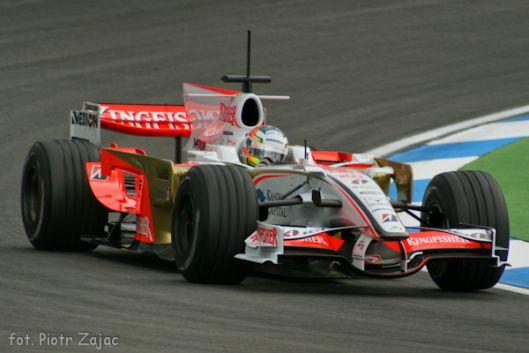 Bolid formuły 1 zespołu Force India w sezonie 2008