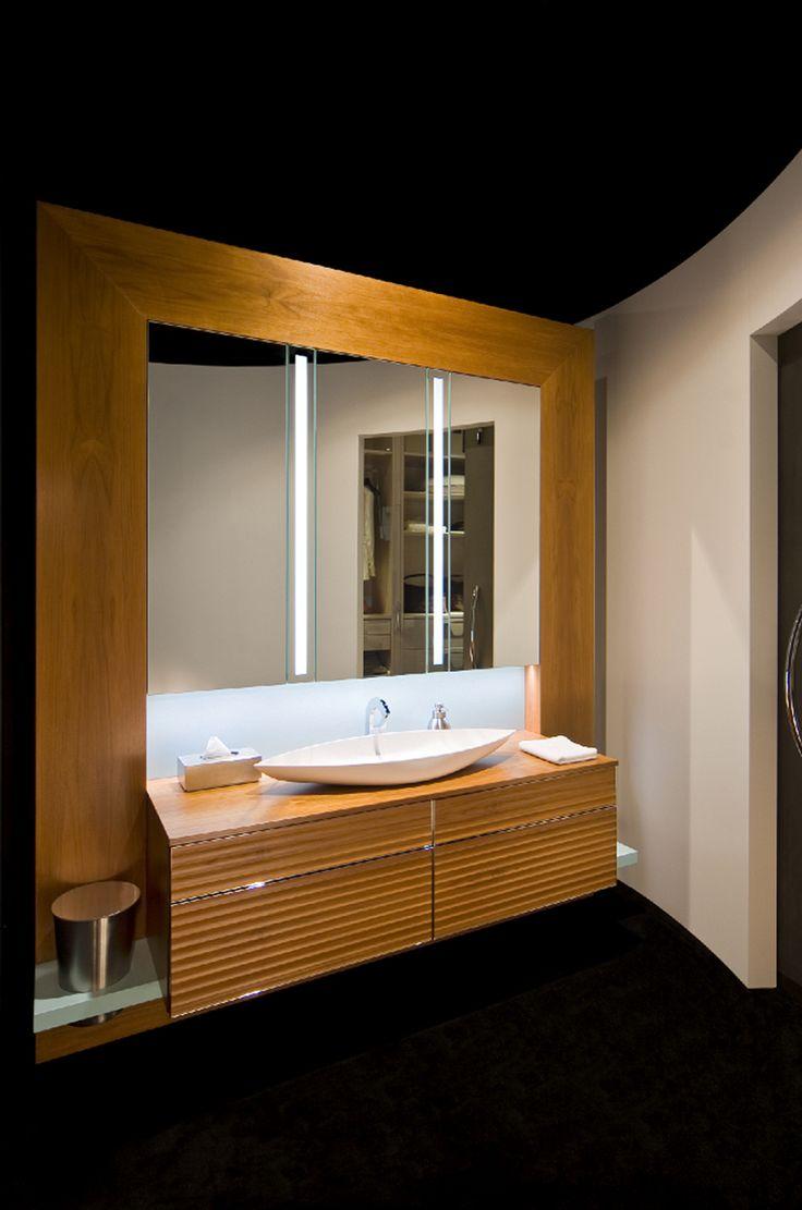 Beliani modern malaga bathroom vanity with sink cabinets and mirrors - Bath Shower Bathroom Storage Modern Bathrooms Powder Rooms Storage Ideas Laundry Asia