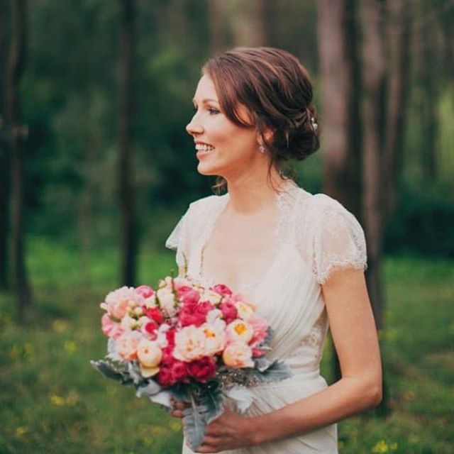 romantic and rustic wedding inspiration//soft messy up style//hunter valley wedding//hair and makeup www.maplelane.com.au