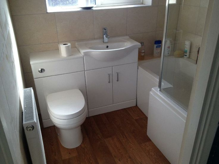 Richard from Mansfield uses bathroom furniture and storage combination units to make the most of the space available in his bathroom. #VPShareYourStyle