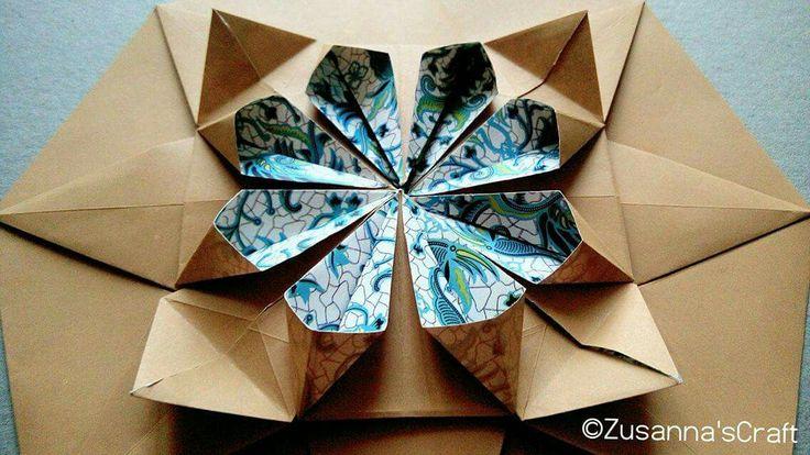 The beautiful origami Tatou Folder #zusannascraft Photo by #zusannasphotography #myfolding #lovely #tatou #origami_art #origamionesheetofpaper