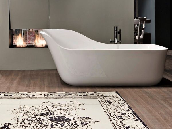 wanda bathtub by daniel debiasi and federico sandri for antoniolupi a tub with a built
