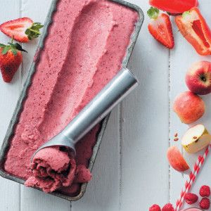 5 Min Strawberry Yoghurt Ice Cream #Vegetarian #Lowfat #Icecream #SouthAfrica