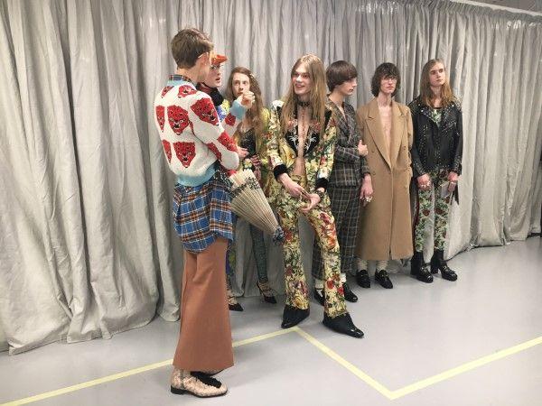 Il giardino di Gucci apre la fashion week milanese, celebrando la potenza dell'immaginazione contro l'inerzia della realtà. Il racconto della sfilata