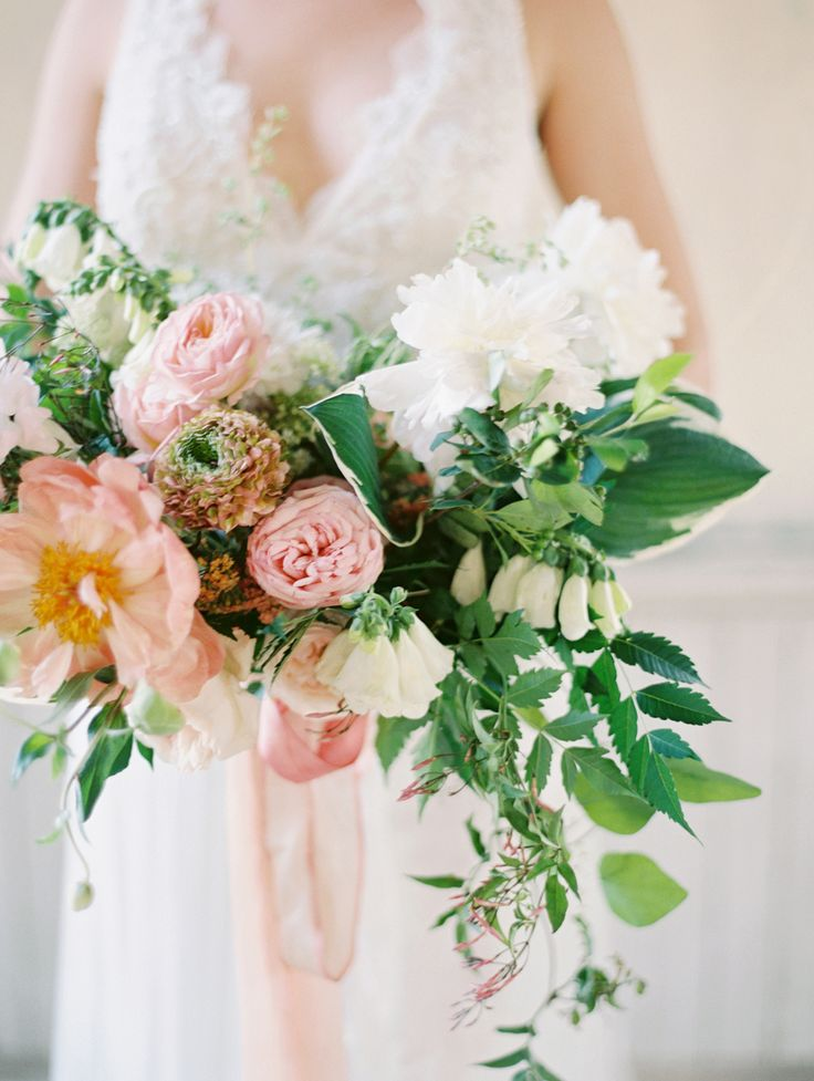 Elegant Ethereal Wedding Inspiration At The Trinity Institute Style Me Pretty