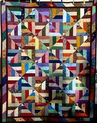 Pinwheel or Square Quilt Patterns | How To Do It? great stash quilt, is it a pinwheel or is it a square?