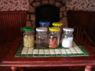 My little little dream: brilliant idea for lids to cover mini jars and cans!