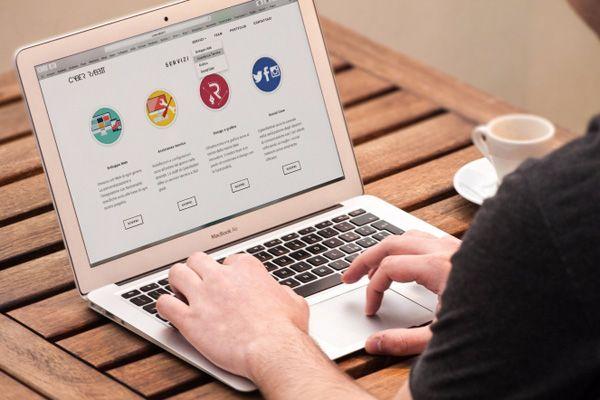 Aplikasi Cms Untuk Membuat Website