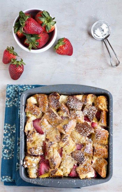Overnight Strawberry Cream Cheese-Stuffed French Toast Casserole - i heart eating