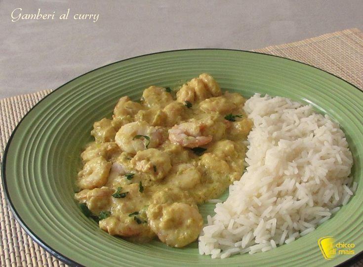 Gamberi al curry, ricetta indiana. Ricetta passo passo per preparare un secondo indiano facile e gustoso, con gamberi, curry, yogurt e riso basmati
