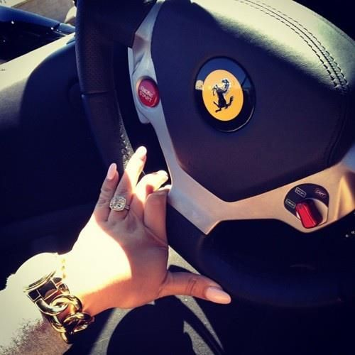 Black girl drive corvette stingray - 1 3