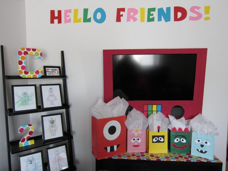 Yo Gabba Gabba birthday party decorations:: this would be perfect for my niece Erin! :)