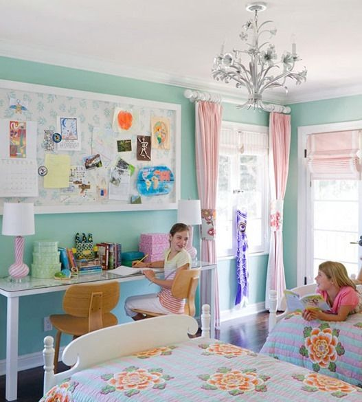 colorful girl s rooms painted walls wall colors and bulletin boards. Black Bedroom Furniture Sets. Home Design Ideas