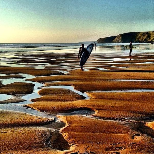 Surf, sand, sky #WatergateBay