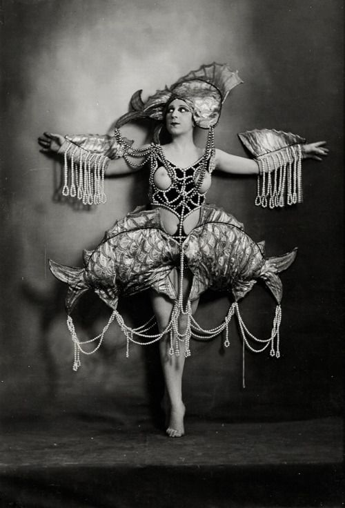 Nude woman in aquatic costume of pearls. Photographed by Lucien Walery c. 1920. @designerwallace