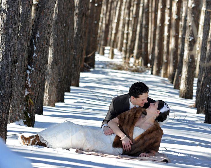 Forfaits mariage :  http://www.hotelleriechampetre.com/fr/evenements-et-reunions/evenements/forfaits-mariage