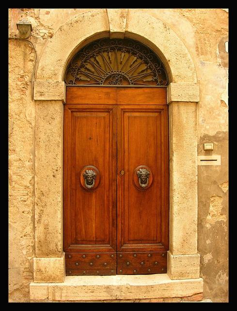 Puerta en Amelia, Umbria Italia