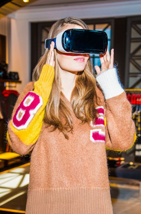 Tommy Hilfiger Debuts In-Store Virtual Reality Experience - http://fashionweekdaily.com/tommy-hilfiger-debuts-in-store-virtual-reality-experience/