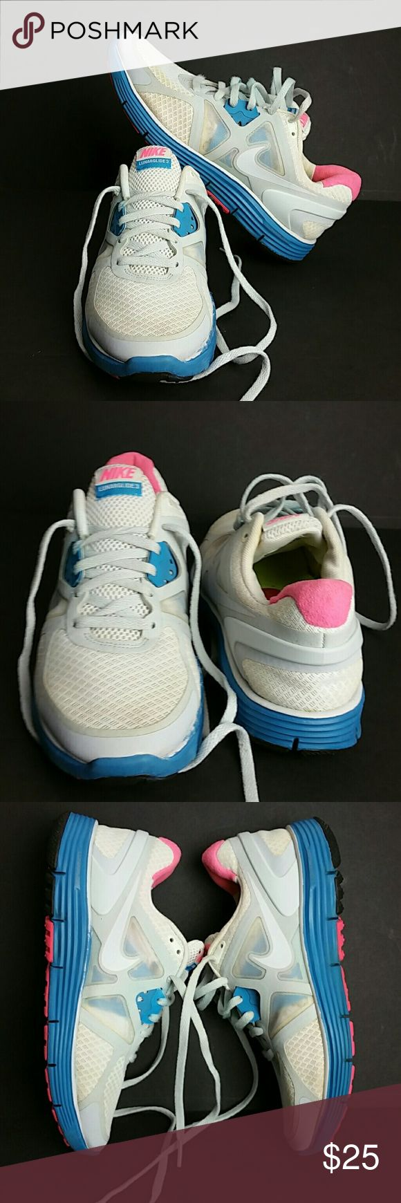 NIKE LUNARGLIDE 3 III WOMEN SHOES IN GOOD CONDITION WITH SCUFFS ON THE SOLE AS YOU CAN SEE IN THE LAST PICTURE WHICH IS NOT NOTICEABLE WHEN YOU HAVE IT ON   SKE # PO2PO NIKE Shoes Athletic Shoes