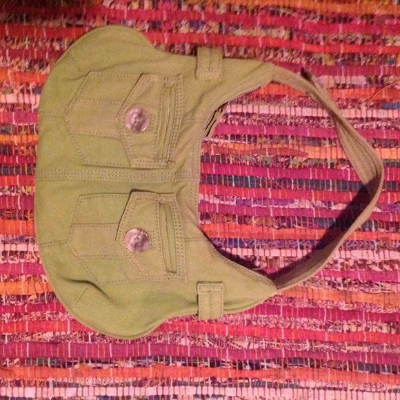 GAP Purse!  Great simple little GAP purse! A very simple bag when you don't need a big bulky one!! GAP Bags Shoulder Bags