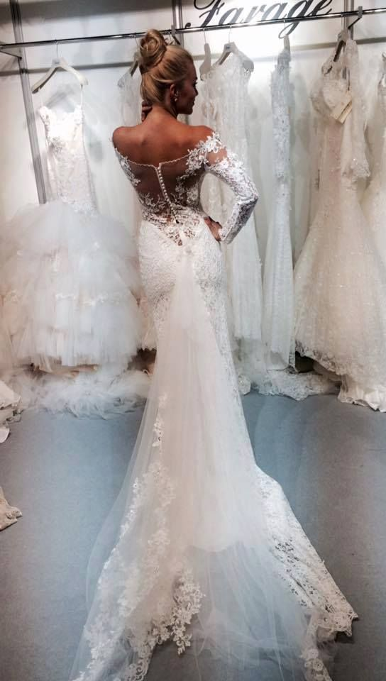 Once more a beautiful creation by Anna Romysh #Annaromyshhautecouture #mermaiddress
