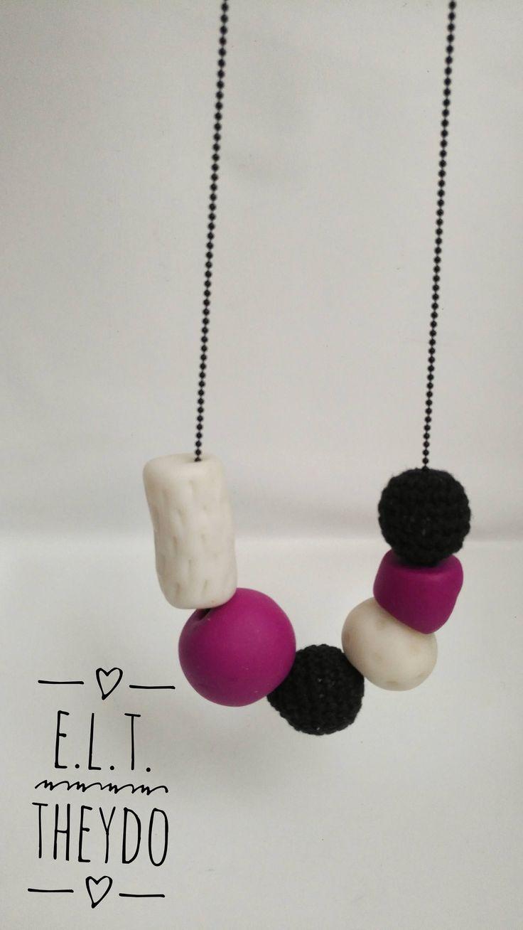 Collana estiva, Perle uncnetto, Perle ceramica, Boho Style , Perle nere e viola di ELTStore su Etsy