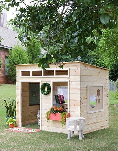 learn how to build a playhouse for your kids this is a collection rh pinterest com