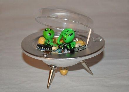 Aliens på tur - www.artbypeo.com