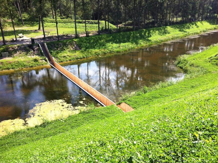 invisible sunken bridge the netherlands holland moses bridge (8)