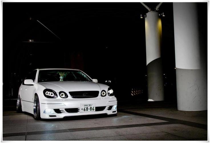 Lexus GS300 / Toyota Aristo (via ra64freddy.com/ )