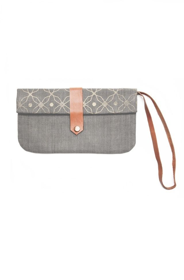 Leather Statement Clutch - Welcome To Brasil by VIDA VIDA FPPEi3r