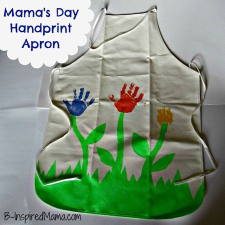 Handprint Apron - perfect gift for Mother's Day - B-InspiredMama.com