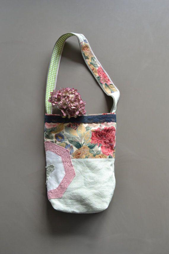 the flower market bag  boho shabby floral tote bag por redstitchlab, €55.00
