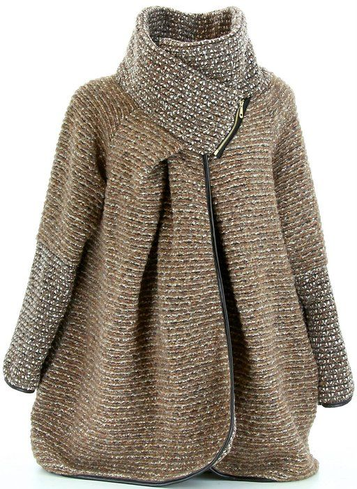 Manteau cape en lainage