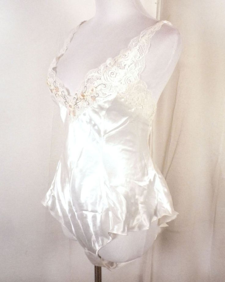 vtg 80s NOS with tags Victoria's Secret Cream Nude Pink Floral Teddy lingerie M