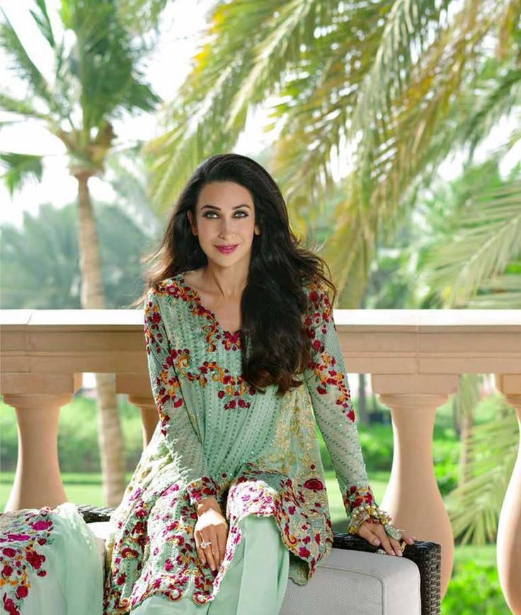 Shariq Mina Hassan Eid Chiffon Chill Shades 2016 is a blend of colors. Attractive colors for all age groups are mixed up with each other to make each print