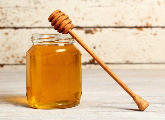 Las propiedades maravillosas de la miel de abeja y cómo saber si es pura