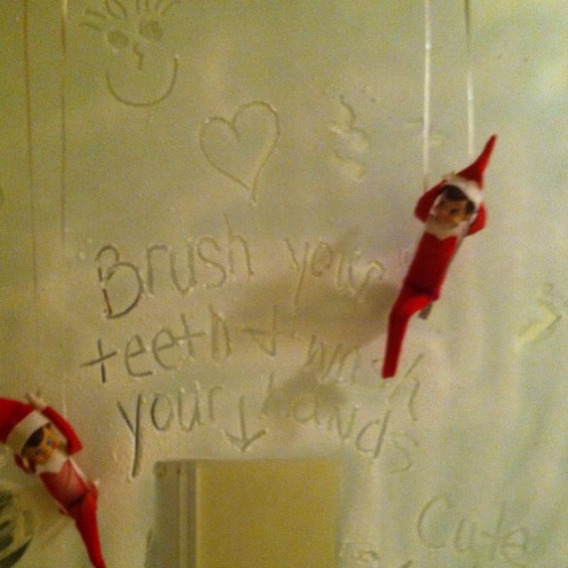 elf on the shelf spray snow on bathroom mirror elf ForElf On The Shelf Bathroom Ideas