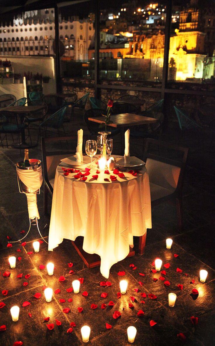 para la cena de Martín , no tan romántico, pero se ve bonito