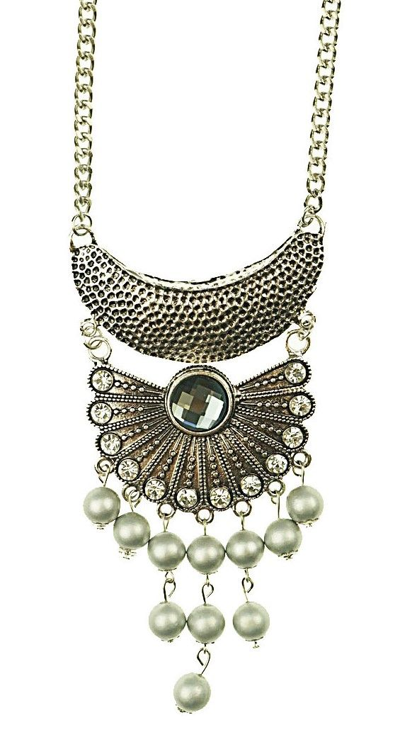 This necklace comes with a variety of features including fan shape bottom, pearl beads and diamontes. $11.50