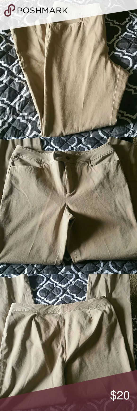 Chaps Kaki Capri Womens size 12. These pants are practically brand new. They are too small for me. 27 inch inseam. Make me a offer! Chaps Pants Capris