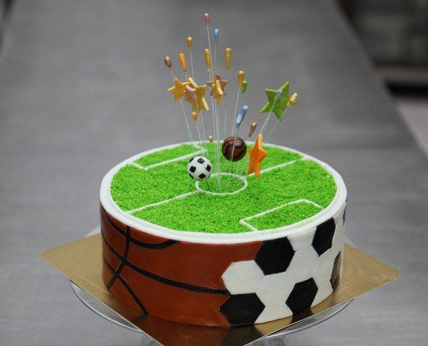 "автор тортов: Александр Береславиц, Киев, ресторан ""Шато"""