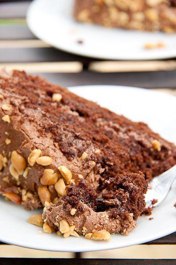 Peanut Butter Chocolate Cake #cake #recipe #baking