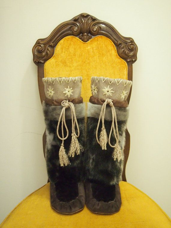 Native seal skin fur mukluks / Inuit kamiks on Etsy, $512.06 CAD