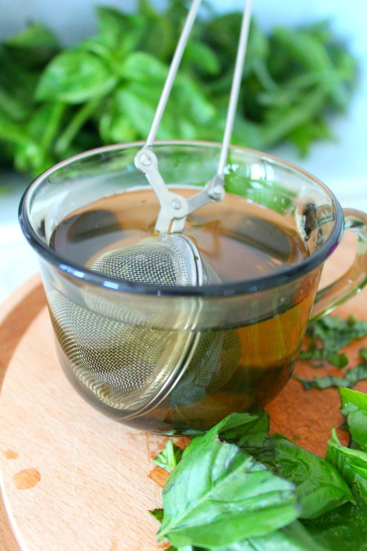 FRESH BASIL TEA RECIPE - Brew a great cup of tea and invigorate your taste buds with this lemon ginger infused basil tea recipe! This tea tastes as good as it smells!