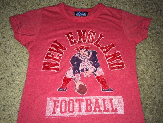 Sale Vintage NEW ENGLAND Football Shirt NFL jersey by casualisme