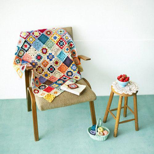 granny chic at it's best... !: Granny Crochet, Crochet Blankets, Knits Inspiration, Crochet Afghans, Granny Chic, Granny Blankets, Squares Blankets, Granny Squares, Crochet Throw