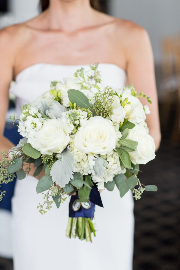 Elegant white bouquet: http://www.stylemepretty.com/new-york-weddings/southampton/2015/10/20/elegant-black-tie-hamptons-beach-wedding/ | Photography: Kelsey Combe - http://kelseycombe.com/#!/HOME