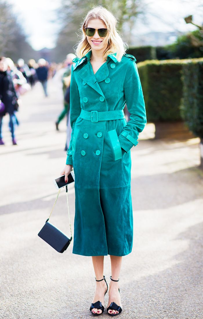Celebrity Style I street style I Elena Perminova in Burberry trench I green suede trench coat I accessories I spring street style @monstylepin